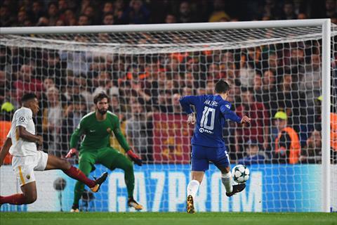 Chelsea 3-3 Roma Su tro lai cua tien ve Eden Hazard hinh anh