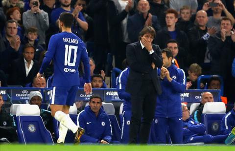Hazard kho hieu khi bi Conte thay the hinh anh