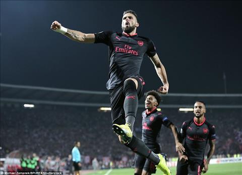 Crvena Zvezda 0-1 Arsenal Than tai Giroud hinh anh