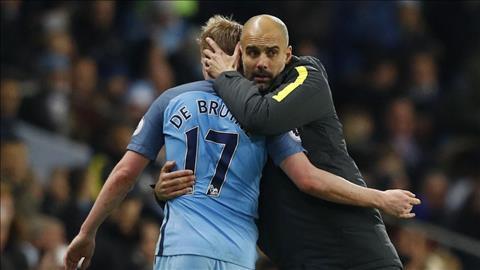 Chi trich Mourinho vi De Bruyne, khong phai cai xe bus cua ong hinh anh 3