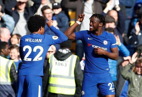 Du am Chelsea 4-2 Watford Loai bo Batshuayi la sai lam hinh anh