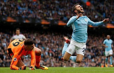 Sao Man City thanh minh vu an va kiem penalty hinh anh