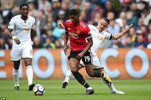 Swansea vs Man Utd (1h45 ngay 2510) Tim lai niem vui hinh anh 3