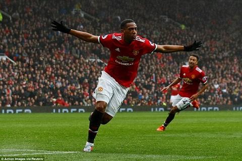 Mourinho chi ra diem hon cua Martial so voi Rashford hinh anh