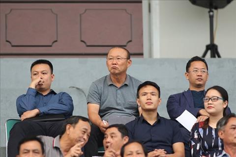 HLV Park Hang Seo tiep tuc vi hanh tai V-League de chon quan cho DT Viet Nam hinh anh