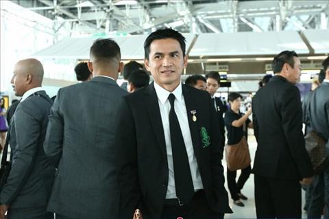 Người hâm mộ Thái Lan kêu gọi Kiatisak trở lại dẫn dắt đội tuyển hình ảnh