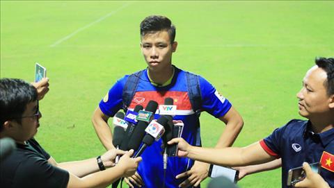 Que Ngoc Hai hao huc doi dau Messi Campuchia hinh anh