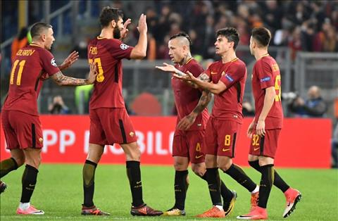 Roma 3-0 Chelsea Con ac mong trong dem Halloween hinh anh