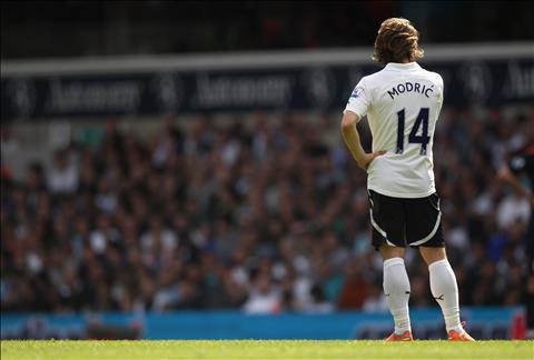 Luka Modric O Bernabeu nhat manh ghep con thieu cua Tottenham hinh anh