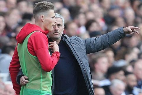 Sao tre McTominay tri an HLV Mourinho hinh anh