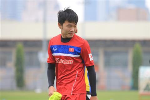 Chu tich CLB V-League buc xuc vi Xuan Truong co ten trong de cu QBV 2017 hinh anh