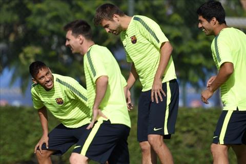 Tien dao Neymar trach Pique va Suarez hinh anh