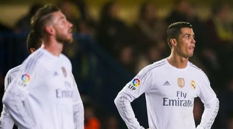 Nong Ronaldo va Ramos xuat hien bat dong lon tai Real hinh anh