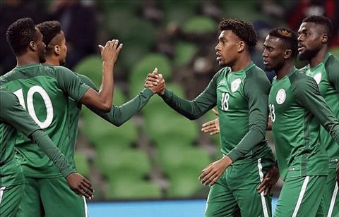Argentina 2-4 Nigeria Vang Messi, vu cong Tango tro thanh moi ngon cho dai bang hinh anh 2
