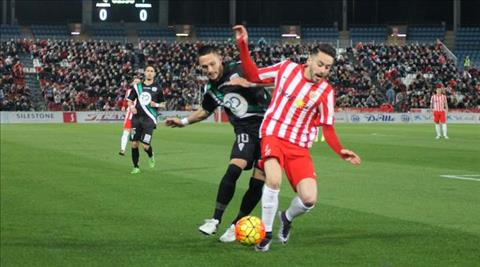 Nhan dinh Almeria vs Zaragoza 03h00 ngay 1811 (Hang 2 TBN 201718) hinh anh
