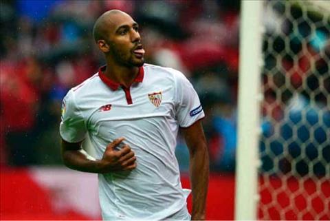 Steven NZonzi lot vao mat xanh cua Mourinho sau khi de nghi duoc roi Sevilla