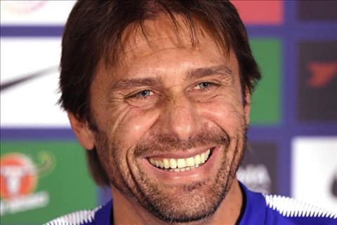 Conte thay doi dien mao de lay may cho Chelsea hinh anh