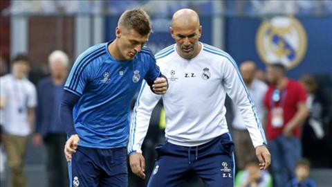 Sao Real Madrid tri an thay Zidane hinh anh