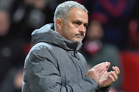 Mourinho phat bieu tu tin sau cu nguoc dong cua MU hinh anh