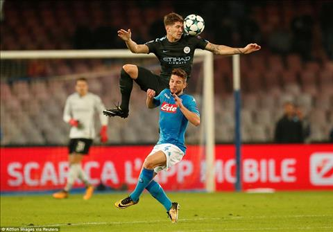Stones vs Dries Mertens