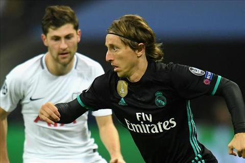 Tien ve Luka Modric tin Real Madrid se som hoi sinh hinh anh