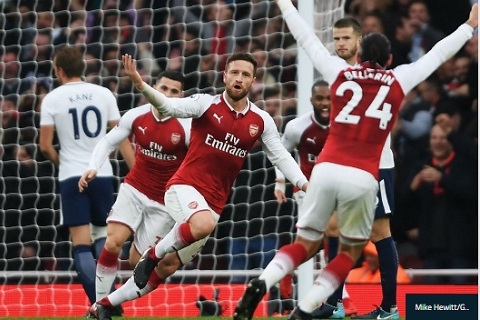 Mustafi Nhieu nguoi noi rang Arsenal da chet hinh anh