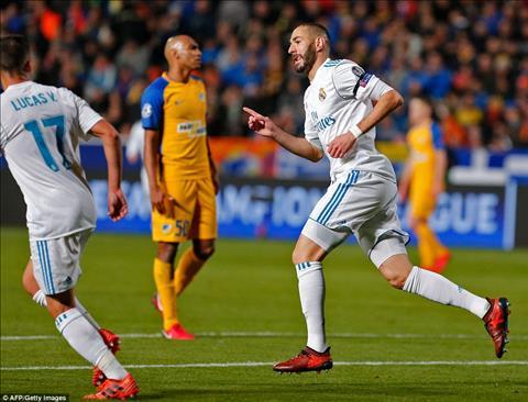 APOEL 0-6 Real Madrid Nha DKVD tung bung vuot qua vong bang hinh anh 2