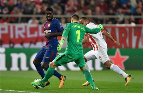 Truoc tran Juventus vs Barcelona Khi Marc hien ngang sanh vai cung Gigi hinh anh 2
