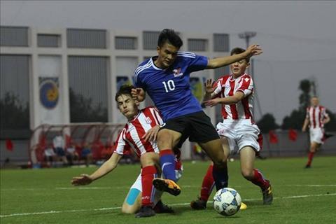 HLV U15 Stoke City muon dua mot cau thu PVF sang Anh thi dau hinh anh