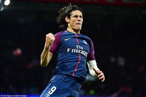 Cavani vs Celtic
