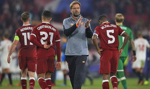 Jurgen Klopp van chua cho thay kha nang to chuc phong ngu cho Liverpool.