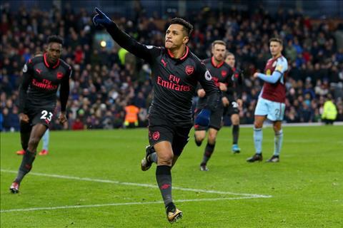 Sanchez ghi ban duy nhat cho Arsenal truoc Burnley
