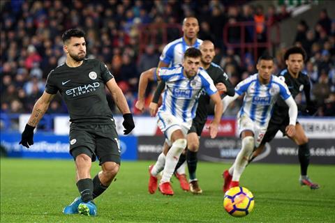 Nhung thong ke an tuong sau tran Huddersfield 1-2 Man City hinh anh 2