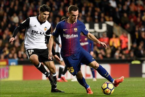 Thay gi sau tran dau kich tinh Valencia 1-1 Barcelona hinh anh 3