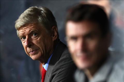Wenger ca ngoi tinh than chien dau cua cac hoc tro