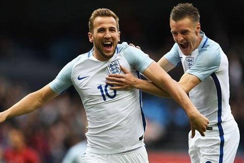 Southgate muon tien dao Harry Kane toa sang o World Cup hinh anh