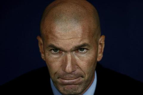 Zidane chong che sau khi Real bi ti hon cam hoa hinh anh