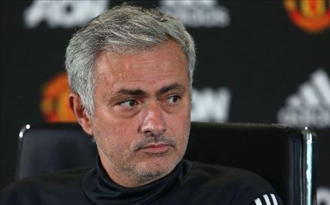 Mourinho chinh la van de cua Man Utd hinh anh
