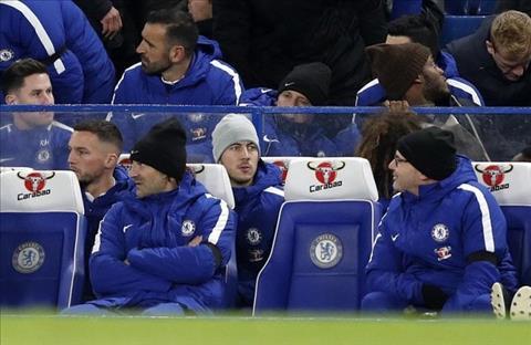 Thay gi sau chien thang toi thieu cua Chelsea truoc Swansea hinh anh