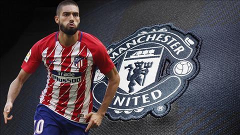 Atletico Madrid san sang ban tien ve Yannick Carrasco hinh anh