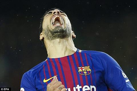 12 tran, 3 ban Dieu gi dang xay ra voi Luis Suarez hinh anh 2