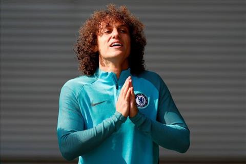 Arsenal dan dau cuoc dua gianh David LuizArsenal dan dau cuoc dua gianh trung ve David Luiz hinh anh 2