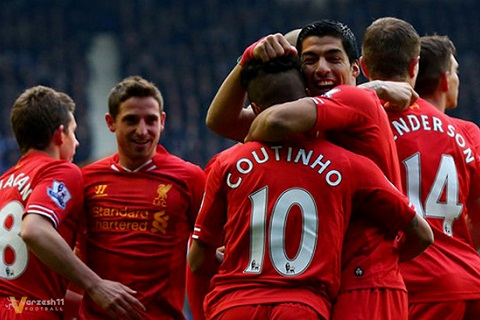 Suarez bat ngo xat muoi vao tim cac CDV Liverpool hinh anh