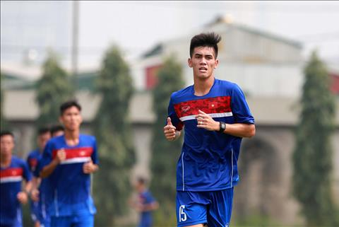 HLV Park Hang Seo goi hai cau thu tre len tuyen U23 Viet Nam hinh anh