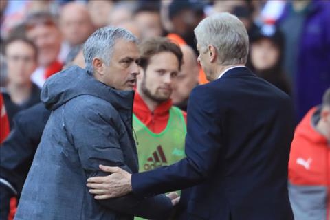Mourinho noi gi khi Wenger chia tay Arsenal hinh anh