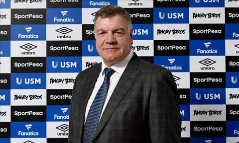 Everton chinh thuc cong bo thuyen truong moi hinh anh