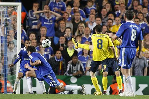 Sao Chelsea Iniesta se duoc chao don trong su thu dich hinh anh