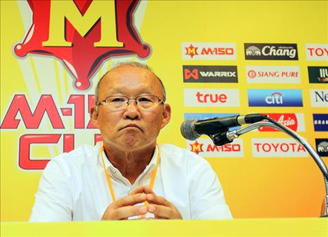HLV Park Hang Seo do loi cho hoc tro sau tran thua Uzbekistan hinh anh