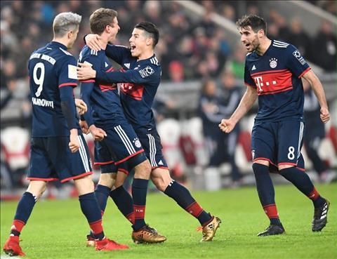 Stuttgart 0-1 Bayern Munich Su tro lai cua Raumdeuter hinh anh
