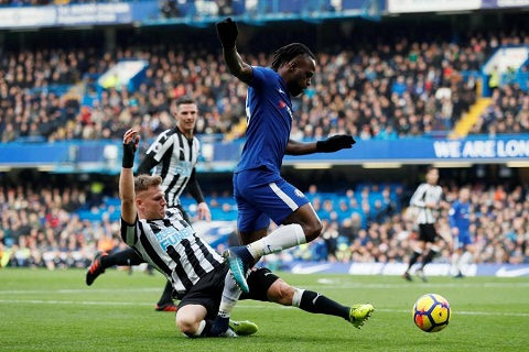 Victor Moses vs Newcastle